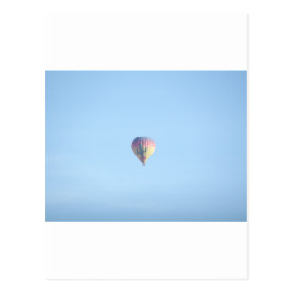Globo en colores pastel postal