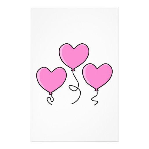 Globo rosado del corazón con el esquema negro tarjeton