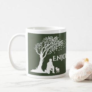 Goce de la taza de café del pastor