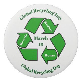 Goma De Borrar 18 de marzo, diseño de reciclaje global del día