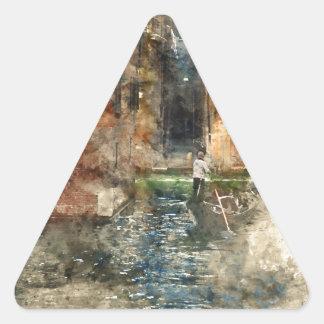 Góndola de Venecia Italia en los canales Pegatina Triangular