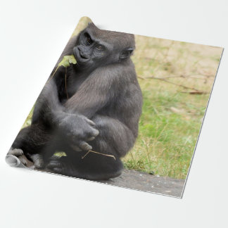 Gorila joven lindo papel de regalo