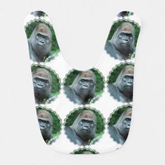Gorila perplejo baberos para bebé