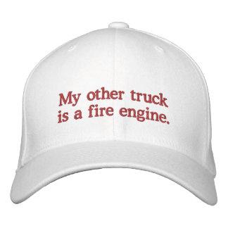 Gorra Bordada Mi otro camión es un coche de bomberos