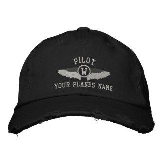 Gorra Bordada Monograma de los pilotos y nombre plano del