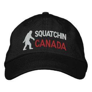 Gorra Bordada Squatchin Canadá