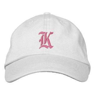 Gorra bordado monograma de la letra K Gorros Bordados