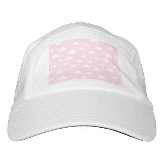 Gorra De Alto Rendimiento Nubes blancas del dibujo animado en modelo rosado