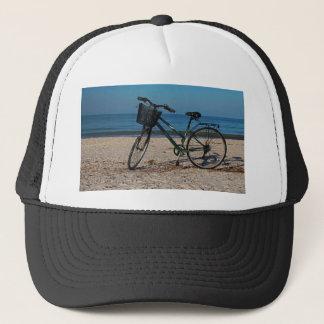 Gorra De Camionero Bici en la playa descalza II
