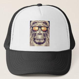 Gorra De Camionero Bigfoot en sombras