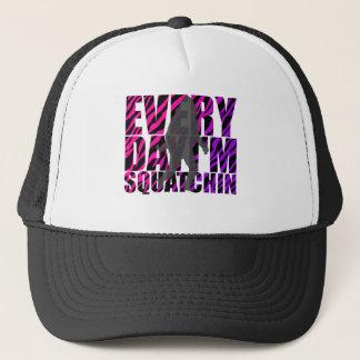 Gorra De Camionero Cada día soy Squatchin