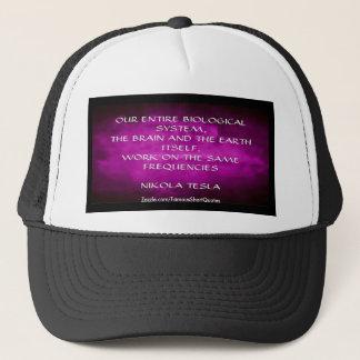Gorra De Camionero Cita de Nikola Tesla - las mismas frecuencias