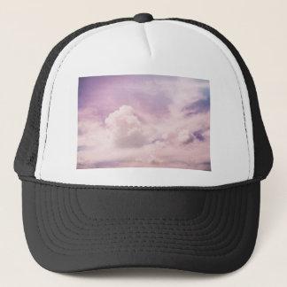Gorra De Camionero Flotación en las nubes púrpuras mullidas