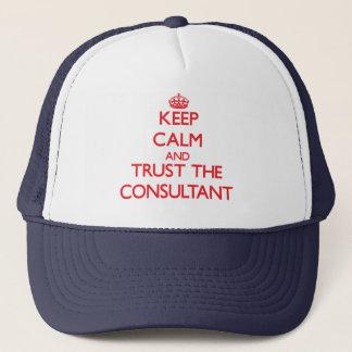 Gorra De Camionero Guarde la calma y confíe en al consultor