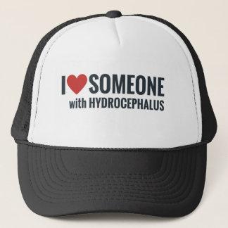 Gorra De Camionero I corazón del rojo alguien con hidrocefalia