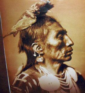 Gorra De Camionero Indio del nativo americano de Apsaroke del cuervo 01787bf40ee