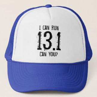 Gorra De Camionero Puedo correr 13,1 -- ¿Puede usted?
