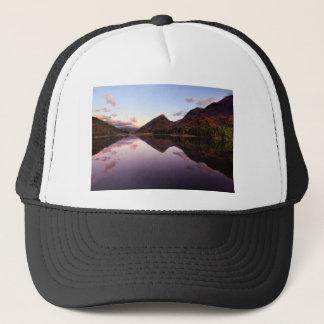 Gorra De Camionero Puesta del sol en el lago Leven, Escocia