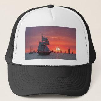 Gorra De Camionero Windjammer en puesta del sol en el mar Báltico