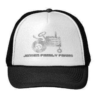 Gorra de la granja de la familia con el tractor o