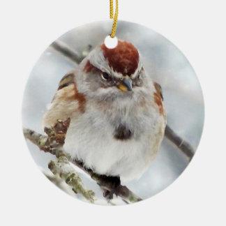 Gorrión de árbol en invierno ornaments para arbol de navidad