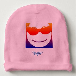 Gorrito Para Bebe ¡Gorrita tejida sonriente del bebé de Emoji!