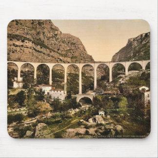 Gourdon, garganta del lobo, el puente, Grasse, fra Alfombrilla De Ratón