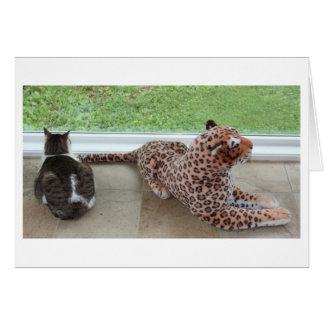 Gracey y leopardo perezoso tarjeta de felicitación