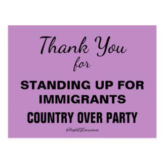 Gracias por levantarse por inmigrantes resisten postal