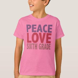 Grado del amor de la paz sexto camiseta