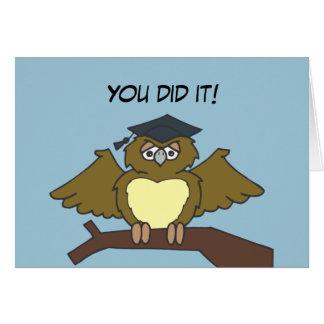Graduación del búho tarjeta de felicitación