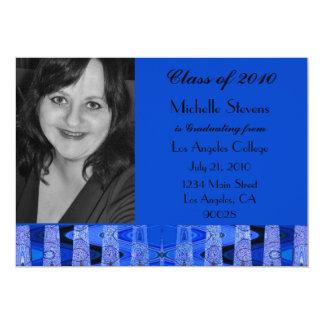 Graduación del negro azul invitación 12,7 x 17,8 cm