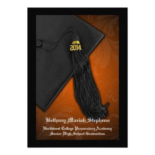 Graduación negra anaranjada de la universidad del  invitaciones personales