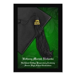 Graduación negra verde de la universidad del invitación 12,7 x 17,8 cm