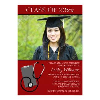 Graduación roja de la foto de la escuela de enferm comunicado personal