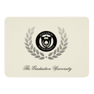 Graduación tradicional de la universidad del comunicado personal