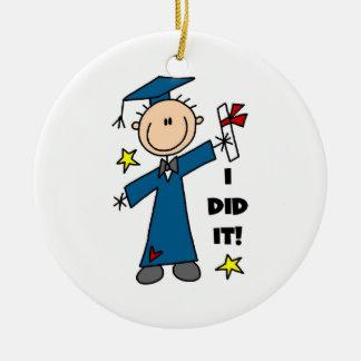 Graduado del muchacho ornato