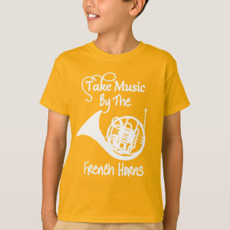 Gráfico divertido del lema de la trompa de la camiseta