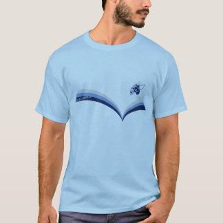 Gráfico que practica surf de la banda de la camiseta