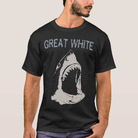 Gran tiburón blanco camiseta