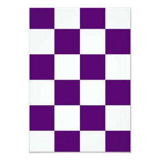 Grande a cuadros - violeta blanca y oscura invitación 8,9 x 12,7 cm