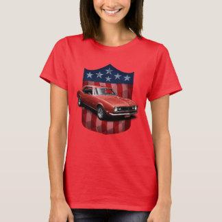 Grandes señoras americanas rojas T de Camaro del Camiseta