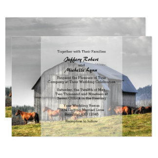 Granero rústico y caballos del país que casan la invitación 12,7 x 17,8 cm