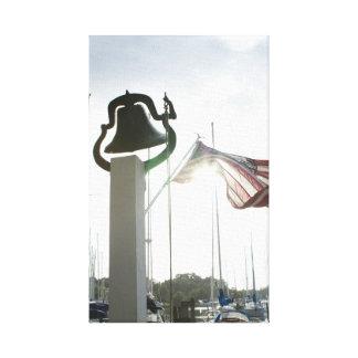 Lienzo Granja Bell y bandera en Deltaville, arte de