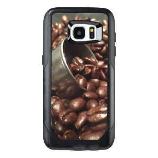 Granos de café y fotografía de la cucharada funda OtterBox para samsung galaxy s7 edge