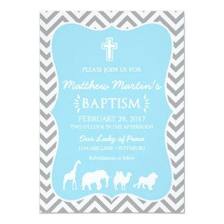Gris azul Chevron de la invitación del bautismo de