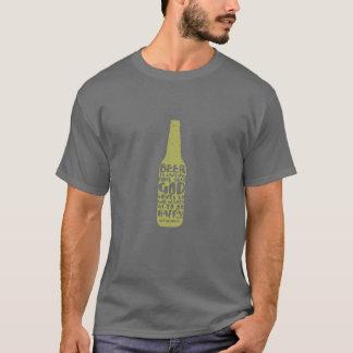 Gris de la camiseta de la cerveza con la botella