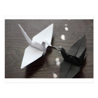 grúas románticas del origami postal