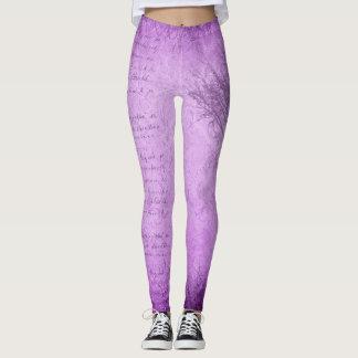 Grunge púrpura suave con las polainas del árbol leggings