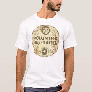 Grunge voluntario del bombero camiseta